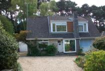 3 bed Detached Bungalow in Links Road...