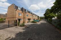 Detached home to rent in Hepdon Mews, SW17