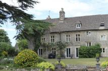 5 bedroom semi detached property to rent in Siddington, Cirencester