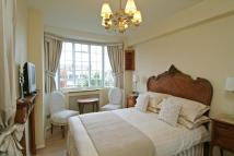 Flat in Sloane Avenue, London
