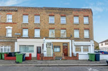 3 bedroom Flat to rent in Bovill Road