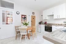 2 bedroom Cottage in Malyons Terrace, Ladywell