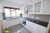 3 bedroom Flat to rent in Merritt Road,  Brockley...