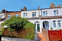 2 bedroom Terraced property in Buckthorne Road...