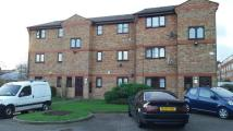 Apartment to rent in Chobham Road, London