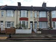 3 bed Terraced property in Flanders Road, London