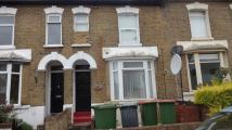 Apartment in West Road, London