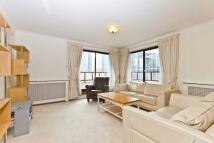 2 bedroom Flat to rent in Tudor House, Windor Way...