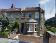 3 bed Flat in Nant Road, London, NW2