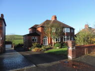 4 bed semi detached property for sale in Oldham Road, Thornham
