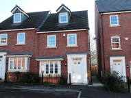 Town House for sale in The Fairways, Royton