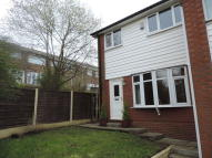 3 bedroom Town House in Denbydale Way, Royton