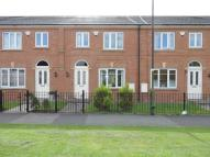 3 bed Town House in Rosebay Close, Royton