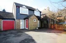 4 bed Link Detached House in Walderslade Road...