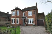 4 bed Detached home in Castle Road, Hythe, Kent...