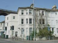 2 bed Ground Flat to rent in Preston Road, BN1