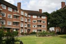 3 bedroom Flat to rent in The Willoughbys, Barnes