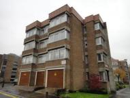 Studio apartment in Lethington Avenue