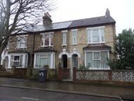 Clarendon Street semi detached property to rent