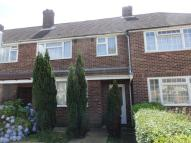 Terraced property to rent in Aylesbury Road, Bedford...