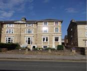 Flat to rent in Flat , Ashburnham Road...