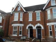 1 bed Flat in Flat   Goldington Avenue...