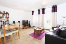 Flat in Argus Way, Northolt