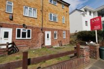 Ground Maisonette to rent in Classon Close...
