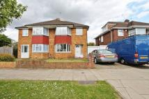 Newdene Avenue semi detached house to rent