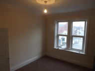 2 bed Flat in High Street East...