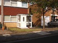 3 bed semi detached house to rent in Courtney Court...