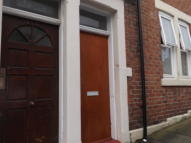 3 bedroom Flat in Colston Street, Benwell...