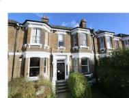 2 bed Ground Flat to rent in Cumberland Park, London...