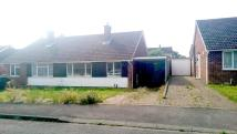 2 bedroom Semi-Detached Bungalow to rent in Hayse Hill, Windsor...