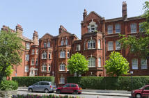 3 bedroom Flat to rent in Hamlet Gardens, London...