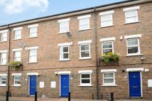 3 bedroom End of Terrace house in Salisbury Place, London...