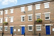 Terraced property to rent in Salisbury Place, London