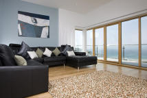 4 bed Penthouse in Pentire Avenue, Newquay...