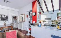 3 bed Flat for sale in Milton Avenue N6 5QE