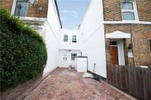 3 bedroom Terraced house in Knowles Hill Crescent...
