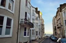 Studio flat to rent in GRAFTON STREET, Sussex...
