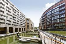 3 bed Apartment in Grosvenor Waterside...