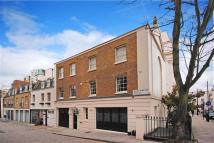 Mews to rent in Wilton Mews, Belgravia