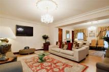 5 bed Apartment to rent in Down Street,, Mayfair