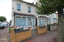 End of Terrace home to rent in Wolsey Avenue, E6