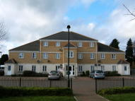 Apartment to rent in Winton Road, Swindon...