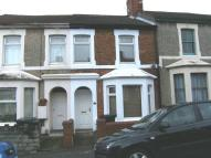 2 bed Terraced house to rent in Clifton Street, Swindon...