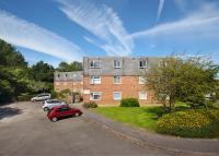 2 bedroom Apartment in Charminster Close...