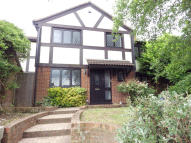5 bed Detached house in Fennel Close, Swindon...