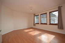 Flat to rent in Paton Street, Inverness...